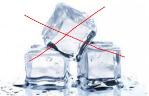 không được dùng đá lạnh