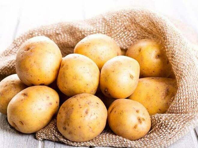 Cách làm hết vết sẹo lồi trên mặt với khoai tây